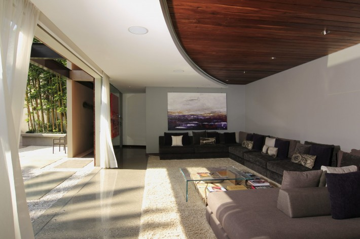 Urban Oasis Living Room, Mexico City, designed by Sage Architecture