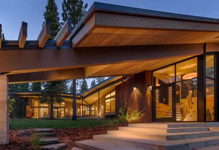 Exterior of Sage Flight House, Truckee, CA by Sage Architecture