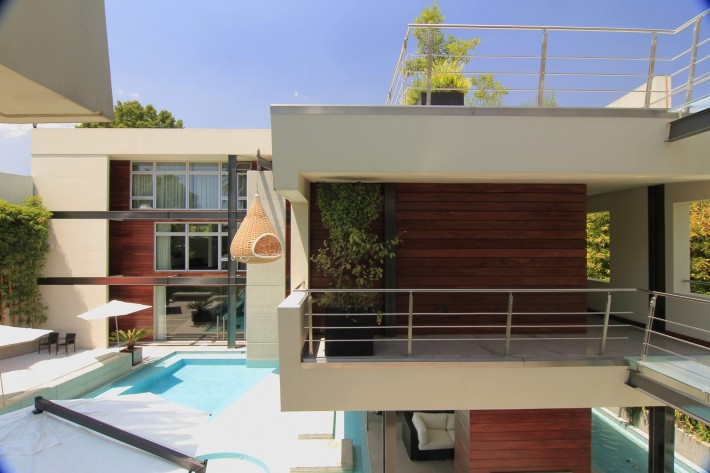 Urban Oasis Exterior, Mexico City, designed by Sage Architecture