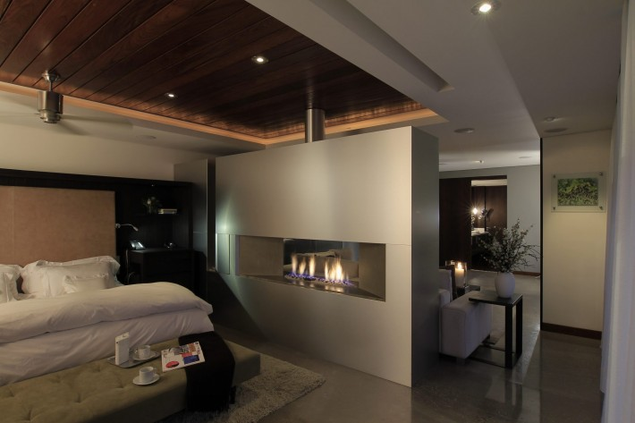 Urban Oasis Master bedroom, Mexico City, designed by Sage Architecture